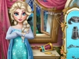 Play Elsa wedding tailor now